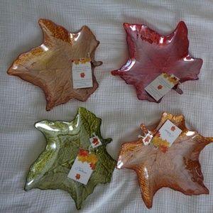 TURKISH GLASS MAPLE LEAF SHAPE  DINNER PLATES 4